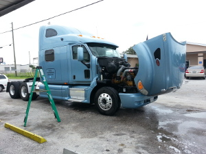 Peterbilt Truck Engine Cleaning